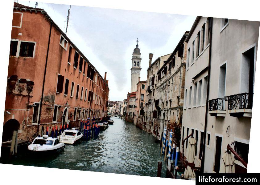 Khám phá một mình ở Venice, Ý