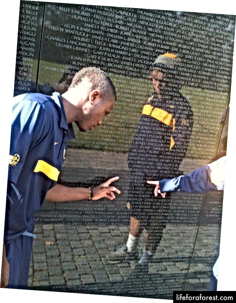 Vetnam Memorialiga jamoaviy tashrif, Vashington 2011 yil