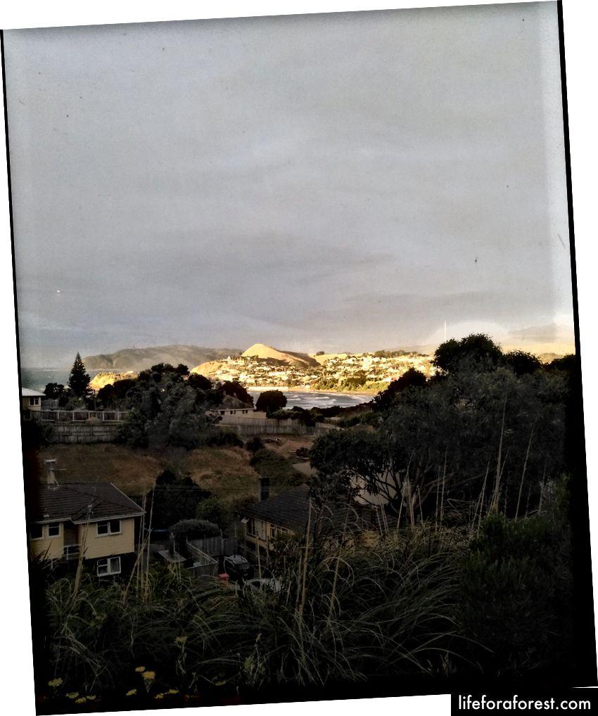 Imej: pemandangan mata burung dan gunung, semasa matahari terbenam. Sumber: harta pengarang asal. Tolong jangan gunakan tanpa kebenaran bertulis.