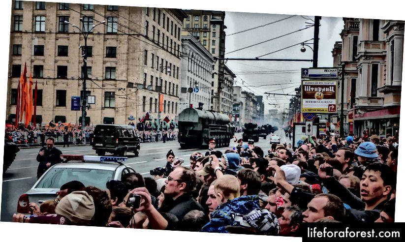 Cuộc diễu hành ngày 9 tháng 5, Moscow © ChristopherLarson