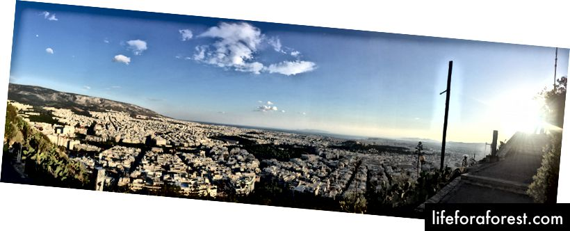 Pohled na cestě k Mt. Lycabettus