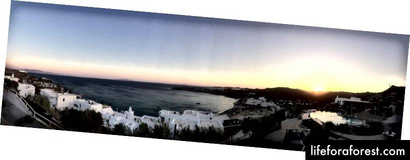 Západ slunce z balkonu našeho pokoje - západ slunce na pláži Paradise