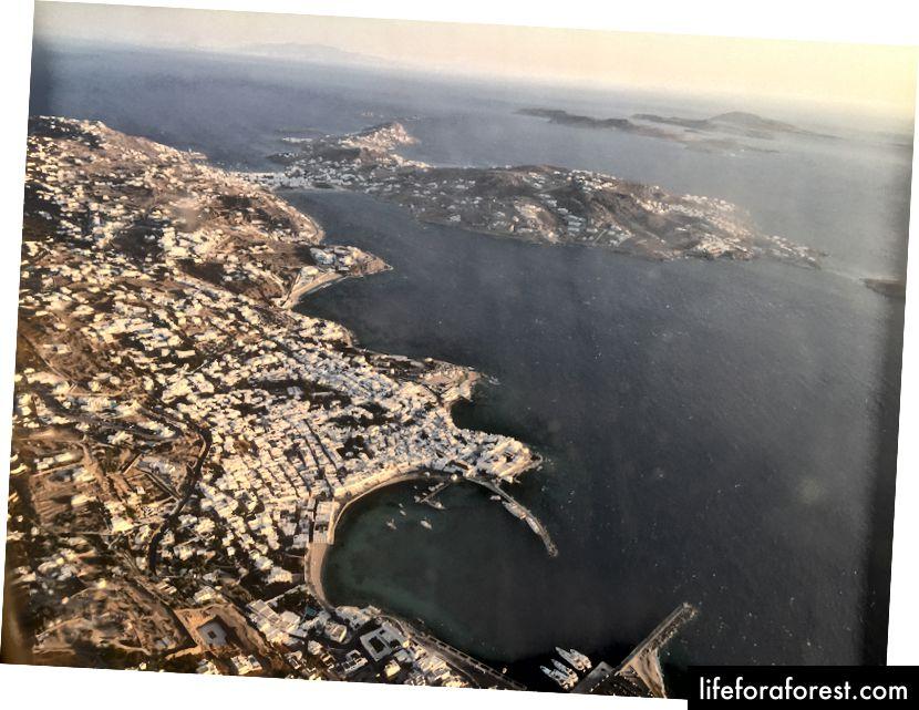 Flyr tilbake til Athen fra Mykonos - Utsikt over den gamle havnen i Mykonos