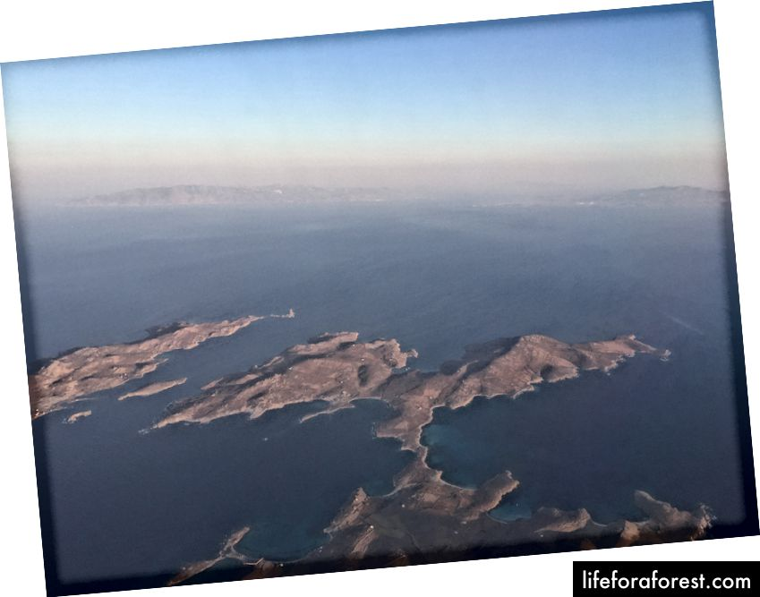 Pohled na neobydlené ostrovy z letu