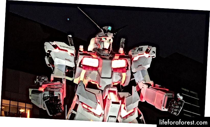 Foto jeg tok av enhjørningen Gundam i Odaiba