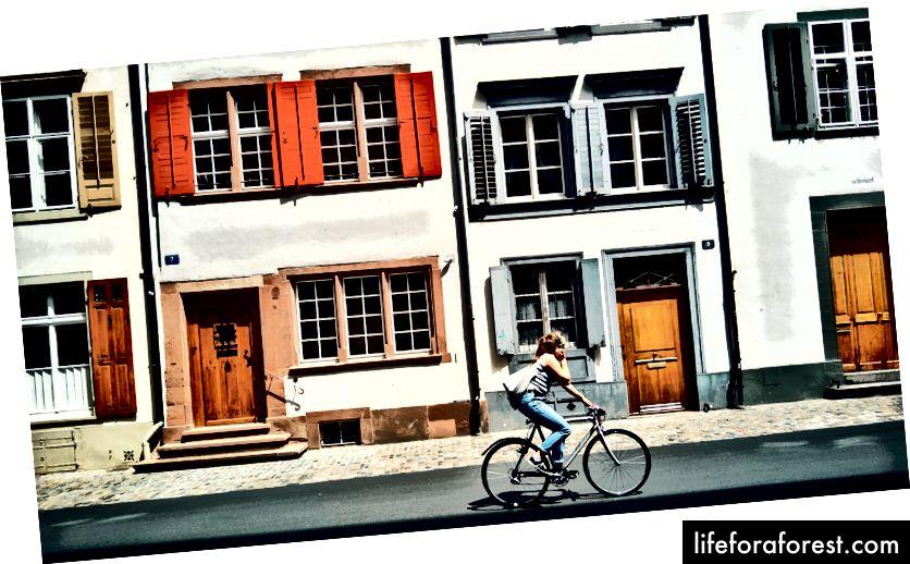 En sykkeltur høres ikke så ille ut, ikke sant? - Basel, Sveits.
