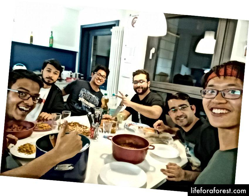 Med favorittfolket mitt har jeg møtt - Rohit og gjengen i München, Tyskland.