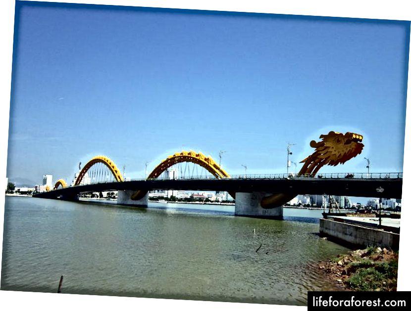 Dračí most, Danang.