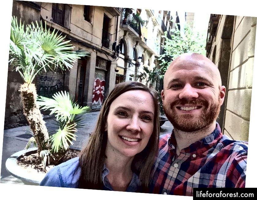 Susan và James từ The Savvy Backpacker