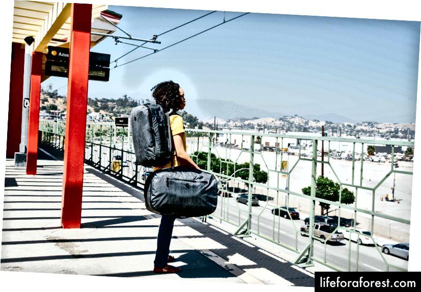 Du lịch nhanh là tốn kém, căng thẳng và một cơ hội bị bỏ lỡ để làm điều gì đó có ý nghĩa hơn