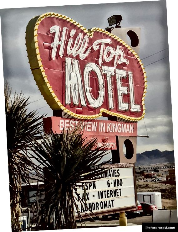 Hill Top Motel, Kingman, Arizona | Ảnh © Rebecca Pavlik