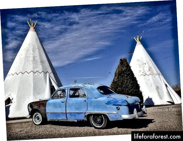 Мотель Wigwam в місті Холбрук, штат Арізона | Фото © Ребекка Павлик