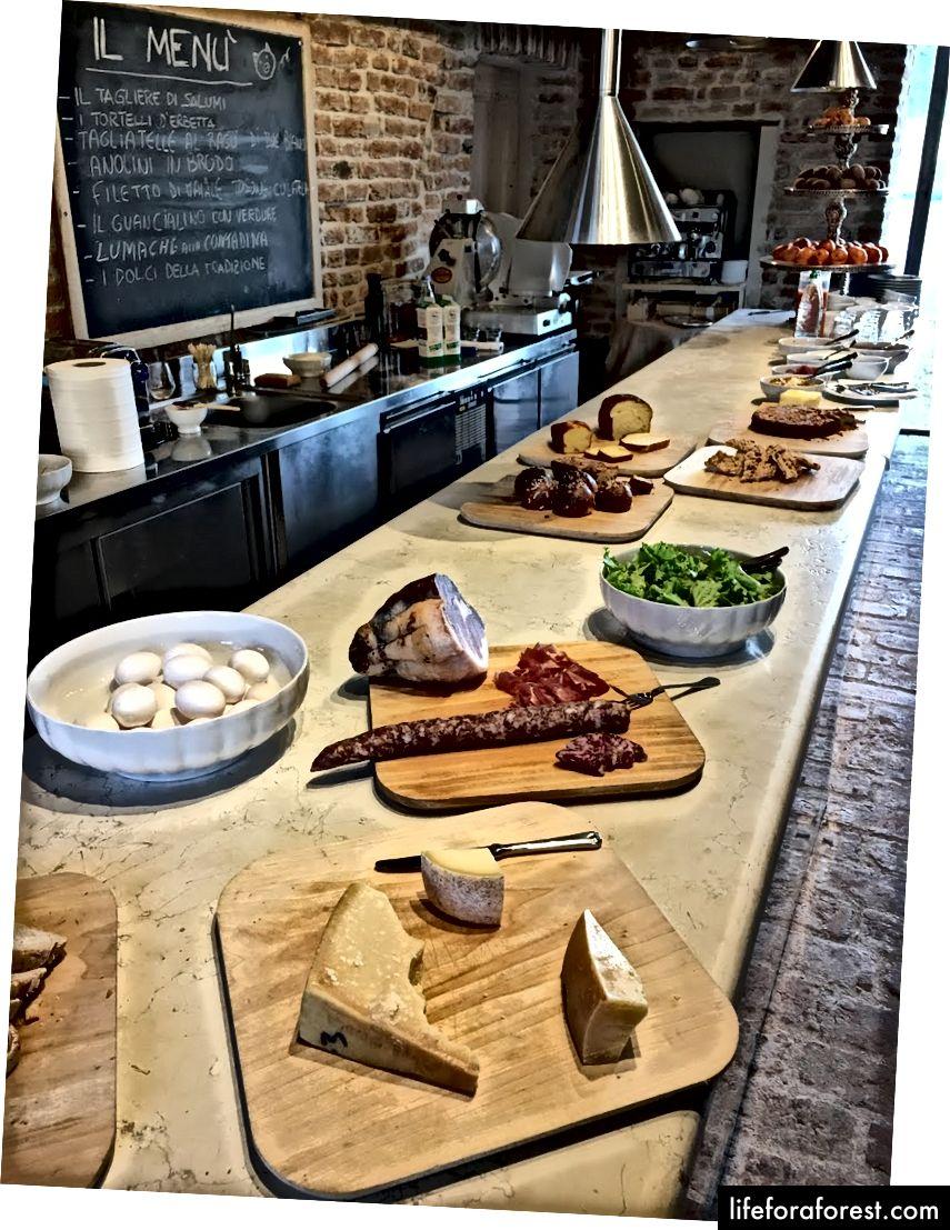 Bữa sáng tại Antica Corte