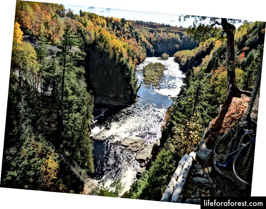 Kanyon Sent-Anne - Kvebek va Charlevoix yaqinida