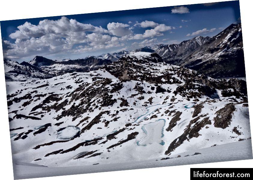 Nhìn xuống Mặt Bắc của Đèo Glen từ đỉnh núi