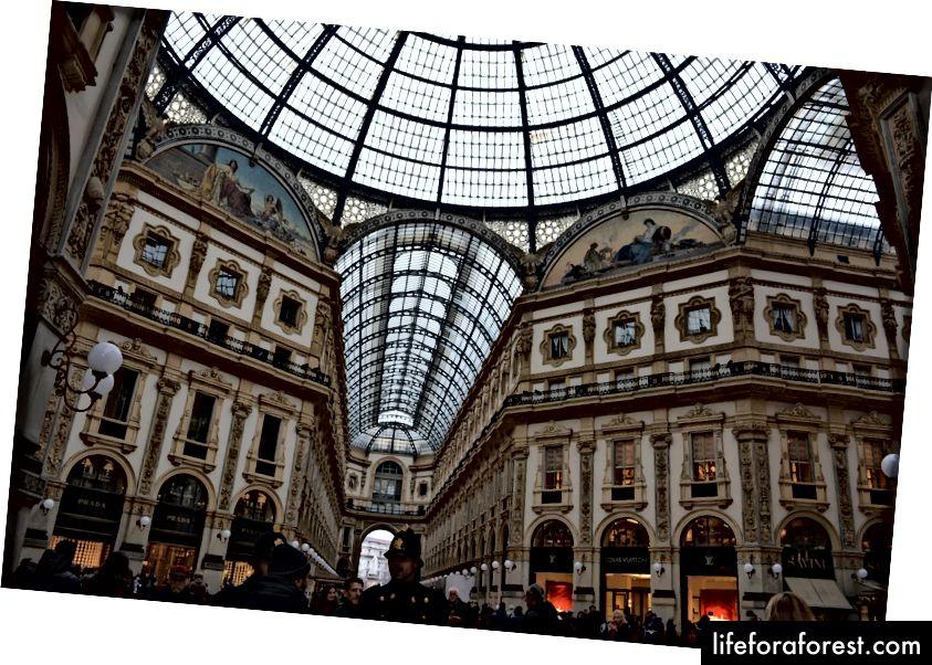 A bolygó egyik legszebb bevásárlóközpontja, mégis olyan szép és tele van élettel