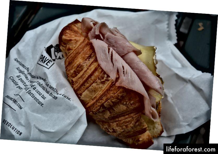 Brokastis Pavē, vienā no labākajām maiznīcām pilsētā