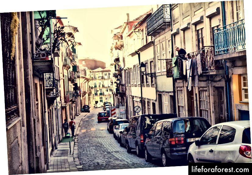 Nie najlepsze zdjęcie, ale przynajmniej mogę pokazać wam obszar Bonfim w Porto