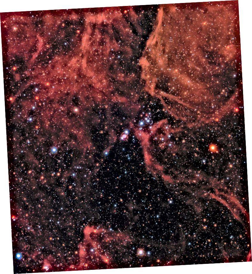 Un'immagine a largo campo della Nebulosa Tarantola, scattata da Hubble, mostra il residuo della recente supernova 1987a e dei suoi dintorni. Mentre i nostri set di dati combinati degli ultimi 30 anni ci hanno regalato centinaia di supernove a molti miliardi di anni luce, WFIRST ci porterà molte migliaia di supernove a distanze mai raggiunte dai nostri osservatori oggi. Non c'è sostituto per la scienza che può realizzare. (NASA, ESA E R. KIRSHNER (CENTRO HARVARD-SMITHSONIAN PER ASTROFISICA E FONDAZIONE GORDON E BETTY MOORE) E P. CHALLIS (CENTRO ASTROFISICA HARVARD-SMITHSONIAN))