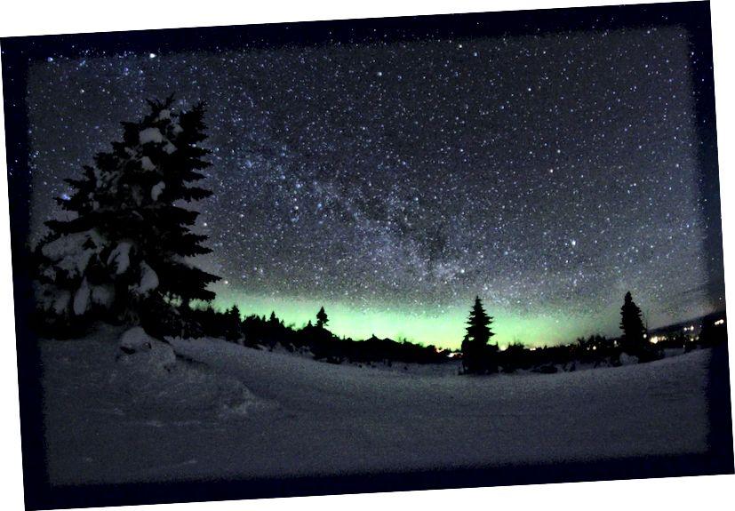 Начное неба, як відаць з Нарвегіі Трысіль. Крэдыт малюнка: карыстальнік Flickr Цімаці Бук, які мае дазвол cc-by-2.0.
