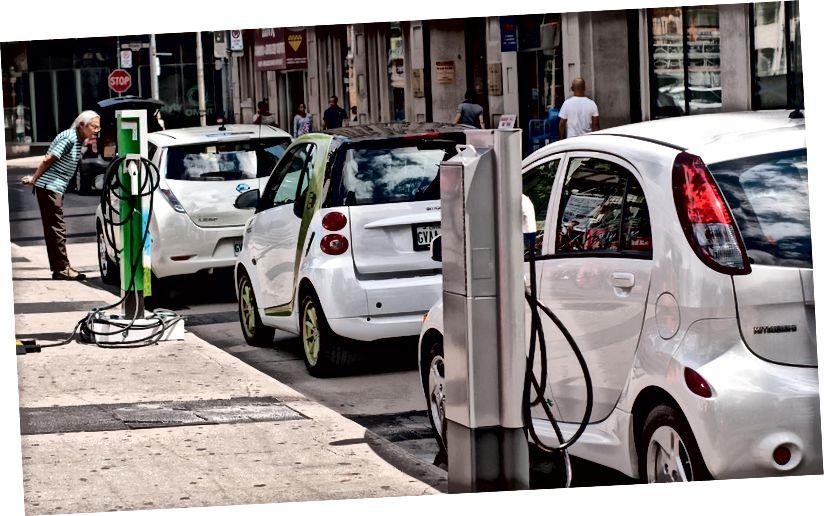 Кредит за изображение: Plug'n'Drive Ontario / Flickr