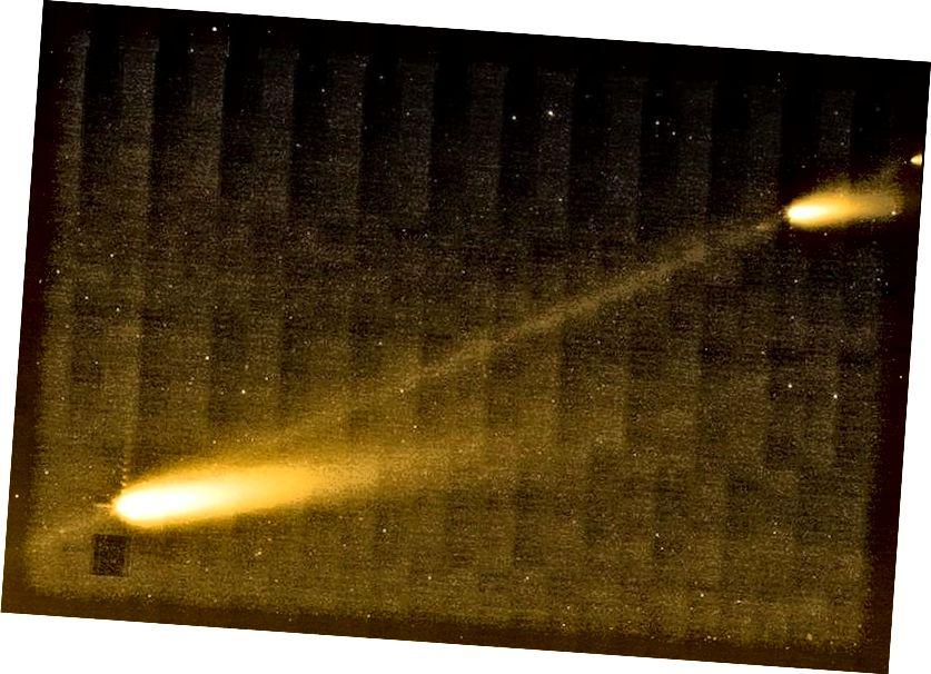 Während sie die Sonne umkreisen, können sich Kometen und Asteroiden ein wenig auflösen, wobei sich Trümmer zwischen den Brocken auf dem Weg der Umlaufbahn im Laufe der Zeit ausdehnen und die Meteorschauer verursachen, die wir sehen, wenn die Erde durch diesen Trümmerstrom fließt. Eines der großen Rätsel von 'Oumuamua ist, warum, als es von Spitzer (der das hier gezeigte Bild aufnahm) abgebildet wurde, keinerlei Trümmer entdeckt wurden: Es war völlig punktförmig. (NASA / JPL-CALTECH / W. REACH (SSC / CALTECH))