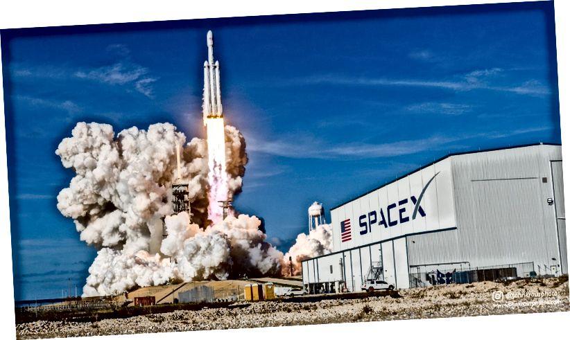 Falcon Heavy lansirao SpaceX. Izvor: John Kraus.