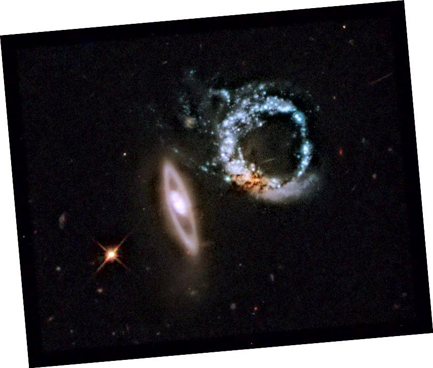 Сістэма гравітацыі, якая ўзаемадзейнічае, Arp 147. Крэдыт малюнка: Arp 147, праз NASA, ESA і M. Livio (STScI).