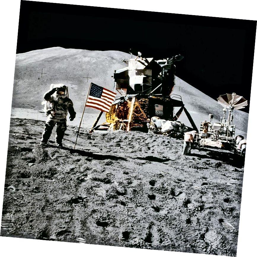 Цяпер прайшло больш за 45 гадоў, як людзі ступілі на іншы свет. Прапанаваны экіпаж месяцовага арбіта не здзейсніць нават гэтага подзвігу. Крэдыт на малюнак: NASA / Apollo 15.