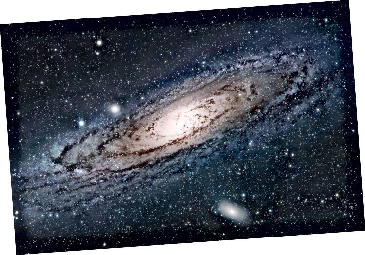 Константата на Хъбъл е скоростта, с която вселената се разширява, но е различна в зависимост от това къде измервате. Вселената около нас се разширява със скорост 45,6 мили в секунда (73,5 километра в секунда) на мегапарсек. По-далечната фонова вселена се движи със 41,6 мили в секунда (67 км в секунда) на мегапарсек.