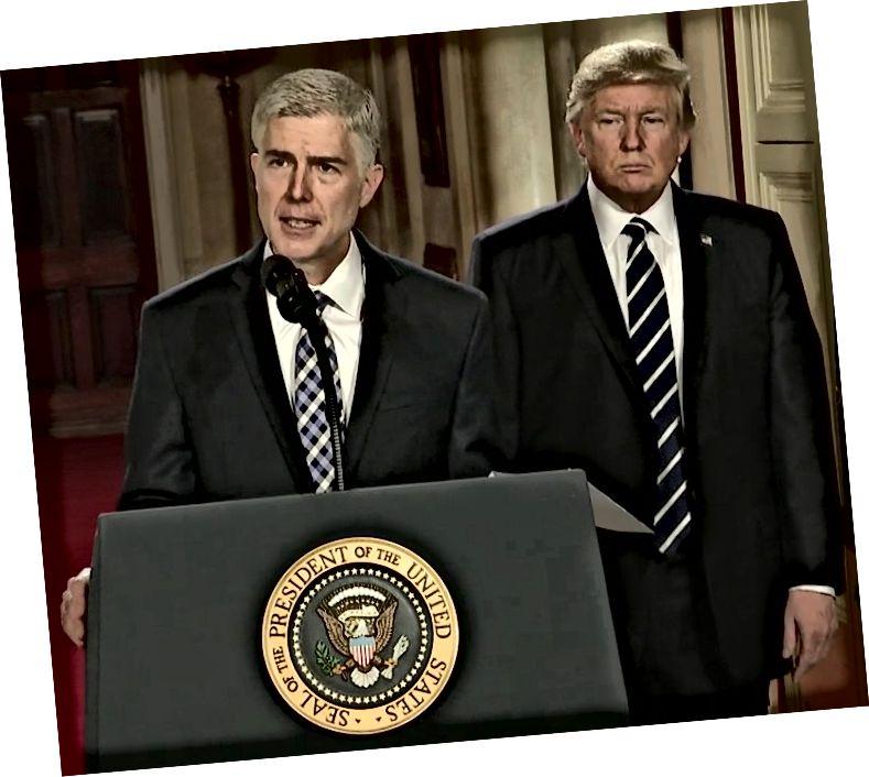 Sąd Najwyższy Neil Gorsuch, właściciel skradzionej siedziby Sądu Najwyższego. Zdjęcie: Biały Dom / YouTube za pośrednictwem Wikimedia Commons / public domain