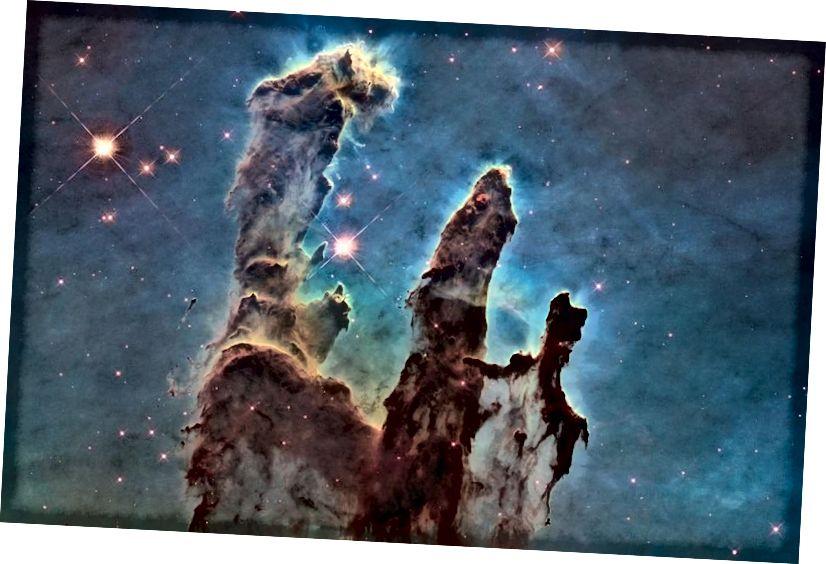 Pilar Penciptaan di Nebula Elang adalah beberapa daerah nebula pembentuk bintang yang paling terkenal, dan paling spektakuler, yang pernah ditangkap oleh teleskop mana pun. Hadiah-hadiah ini untuk pencinta luar angkasa dalam hidup Anda akan membawa Anda ke tempat-tempat yang belum pernah Anda kunjungi sebelumnya (NASA, ESA / HUBBLE DAN TIM HERBAGE HUBBLE)