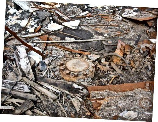 Lubang bor ditutup Rakot13 / Wikimedia