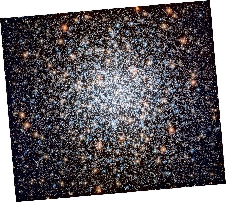 Messier 3: Tá leathmhilliún réalta dochreidte ann, tá an bauble cosmaí 8 mbilliún bliain d'aois ar cheann de na braislí globular is mó agus is gile a aimsíodh riamh. (ESA / Hubble & NASA, G. Piotto et al.)