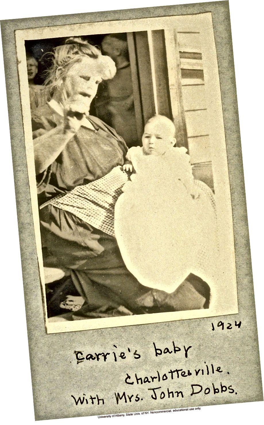 Vivien, con gái của Carrie, khoảng năm 1924, chết năm tám tuổi trong sự chăm sóc nuôi dưỡng. Ảnh: Được cung cấp / Đại học Albany, SUNY