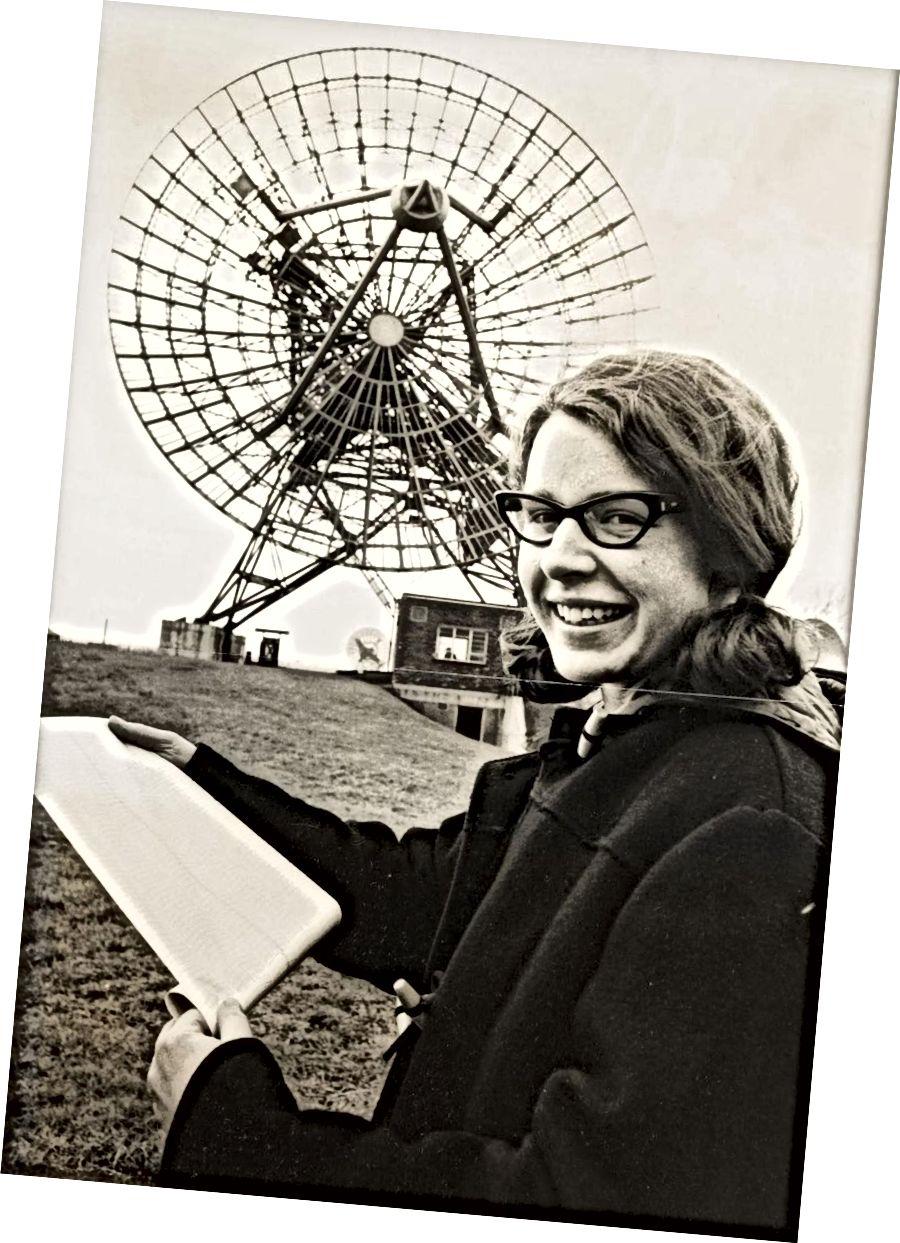 У 1967 годзе Джоселін Бэл (зараз Джоселін Бэл-Бернел) выявіў першы пульсар: яркую, рэгулярную радыёкрыніцу, пра якую мы ведаем, як нейтронная зорка, якая хутка круціцца. Крэдыт малюнка: Абсерваторыя Астраноміі Радыё Мулард.