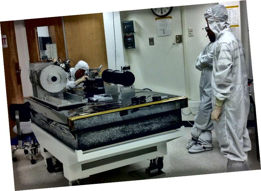 Навукоўцы НАСА пры працы распрацоўваюць каранаграф, які можна пакрыць нанатрубкамі. Здымак: Грег-карта / Абсерваторыя на вялікай вышыні