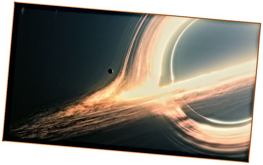 Gargantua, lubang hitam di Interstellar.
