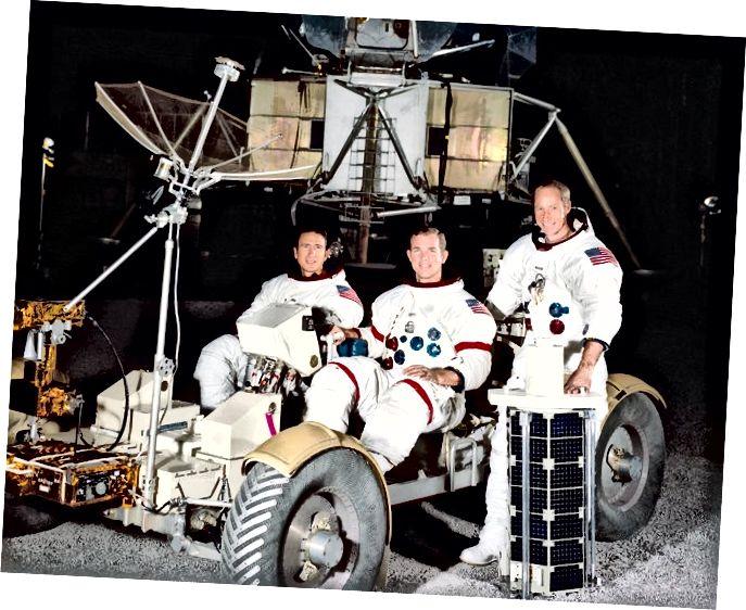 "Creidmheas ""Criú Apollo 15"" - Space.com"