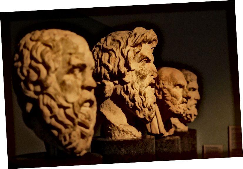 Poprsje Aristotela. Fotografirao morhamedufmg Pixabay.
