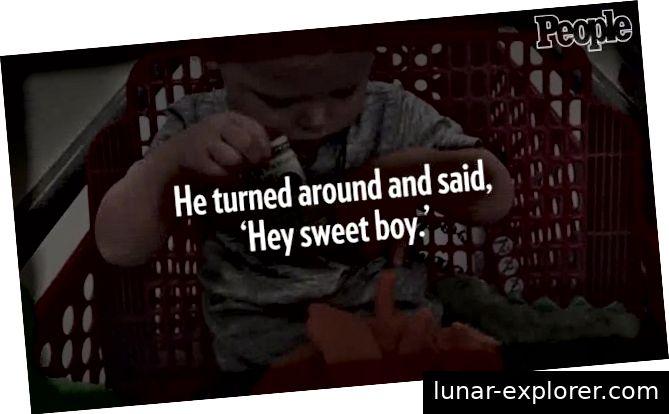 https://www.yahoo.com/news/grandfather-hands-stranger-apos-toddler-193042487.html