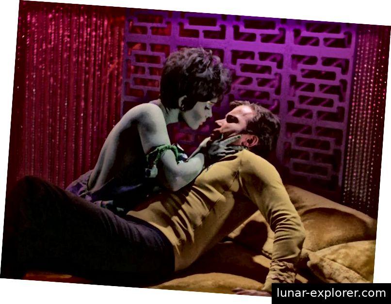 Yvonne Craig als Marta, die Sklavin Orion (Bild © Paramount)