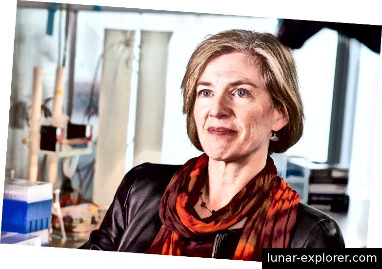 Dr. Jennifer Doudna, die Forscherin, wurde die Entdeckung der weit verbreiteten Anwendungen des CRISPR-Cas9-Komplexes zugeschrieben. (Quelle: Berkeley News.)
