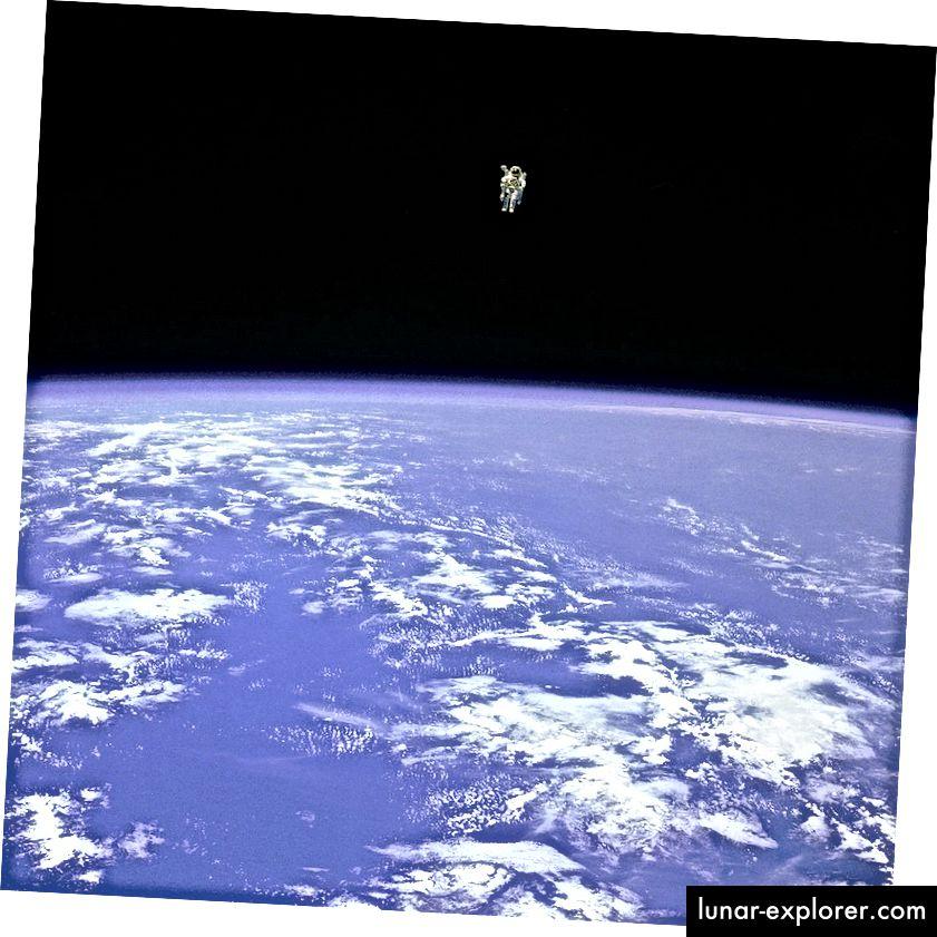 Der längste unverbundene Weltraumspaziergang aller Zeiten des NASA-Astronauten Bruce McCandless an Bord der STS-41-B. Bildnachweis: NASA.