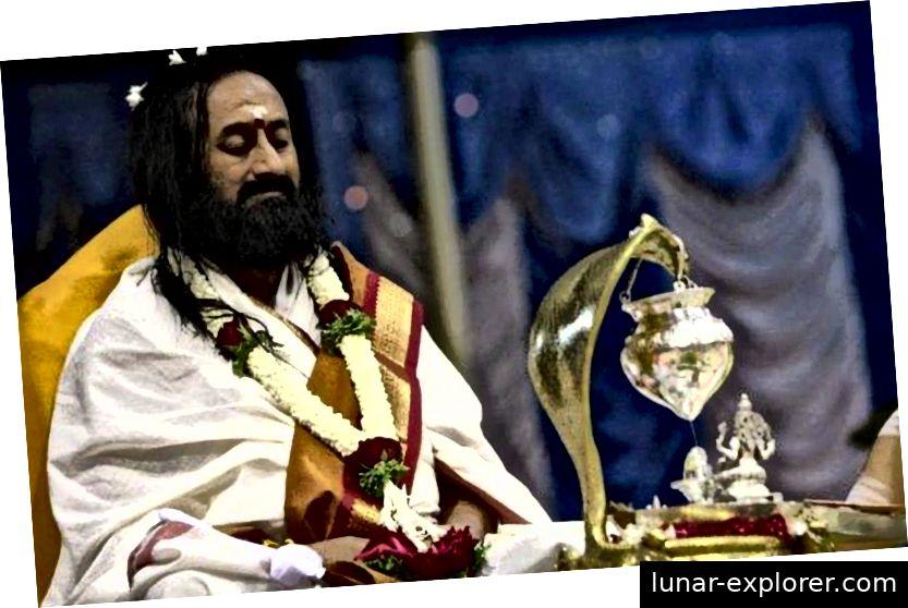 Gurudev Sri Sri Ravi Shankar in Rudra Puja