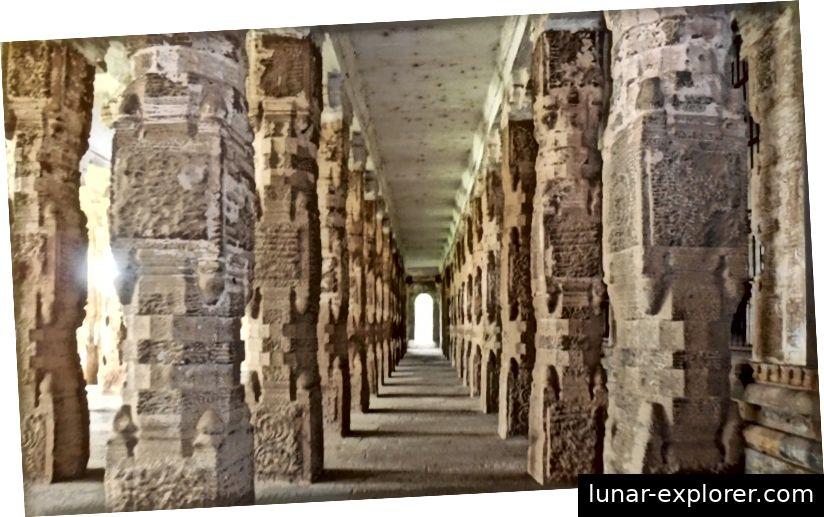 1000 Säulenhalle im Chidambaram-Tempel, Tamil Nadu