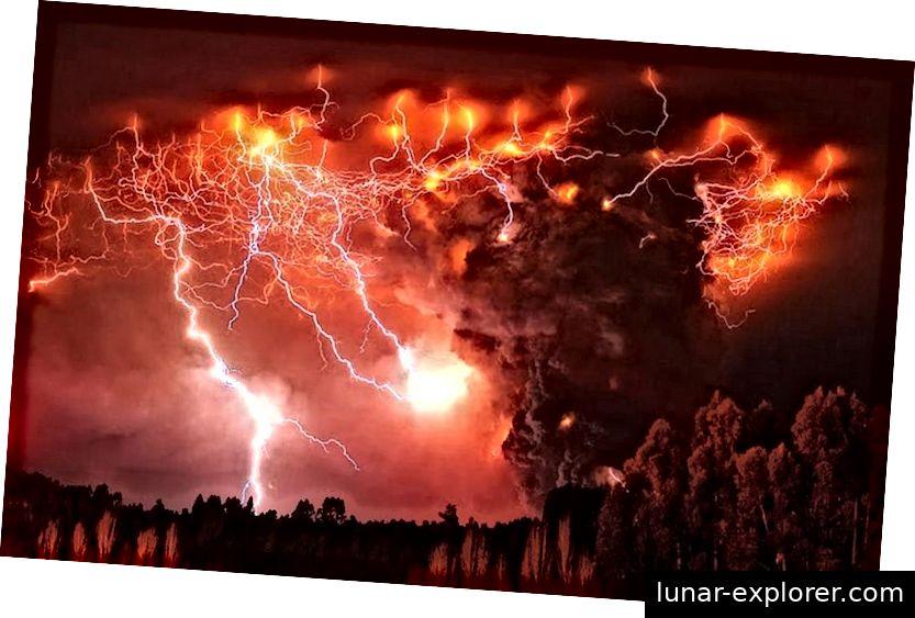 Der Vulkan Puyehue in Chile, der vor einigen Jahren in diesem Bild ausbrach, ist ein bahnbrechendes Beispiel für einen vulkanischen Gewittersturm, bei dem in relativ kurzer Zeit eine außerordentliche Anzahl von Schlägen stattfand. Bildnachweis: Francisco Negroni / AP.