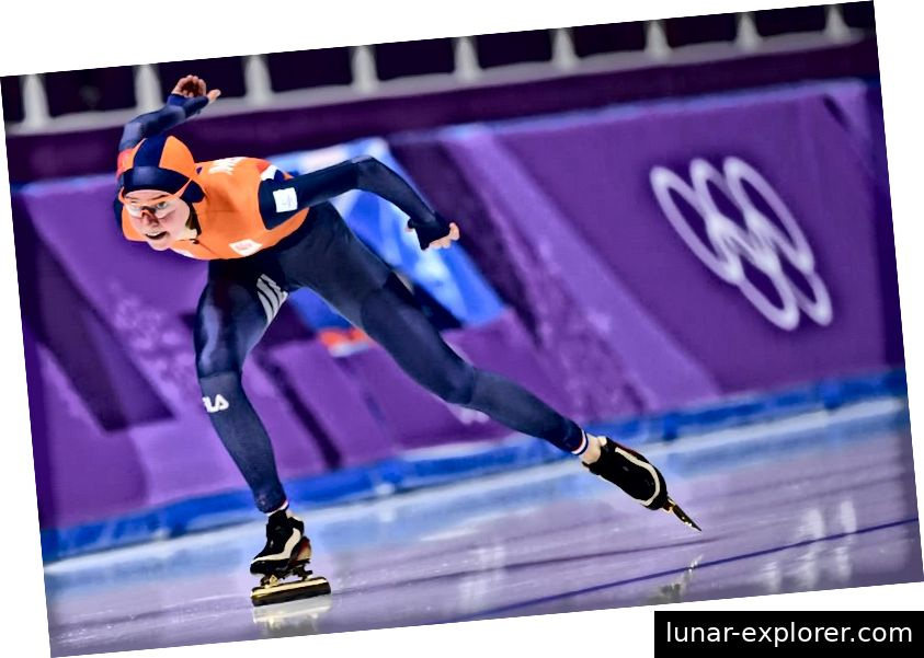 Die Niederländerin Esmee Visser nimmt an der 5.000 m langen Eisschnelllaufveranstaltung der Frauen während der Olympischen Winterspiele 2018 teil. Sie würde bei diesem Event Gold gewinnen. Bildnachweis: Jung Yeon-Je / AFP / Getty Images.