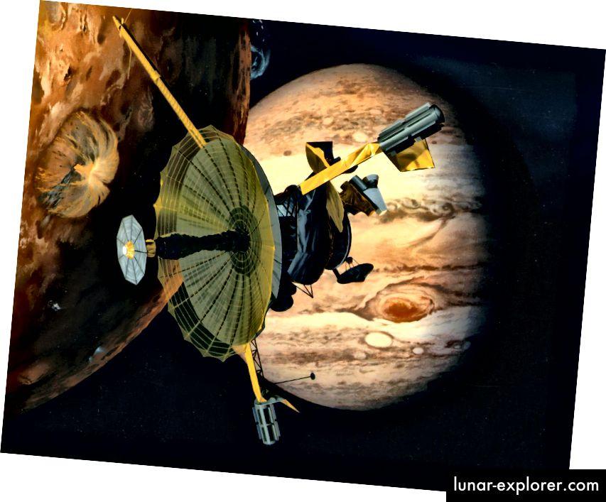 Umjetnikov dojam da je NASA-in svemirski brod Galileo letio pored Jupiterovog vulkanski aktivnog mjeseca Io. Izvor: NASA. Napomena: U ovom dojmu, pojačana antena prikazana je u potpunosti, ali nije bila za vrijeme misije.