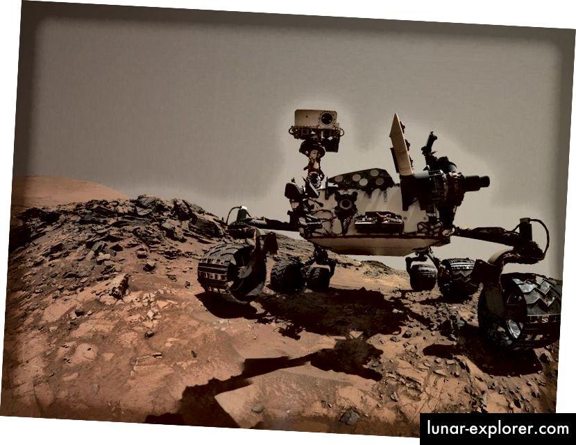 Radoznali rover selfie na Mount Sharp-u. Izvor: NASA